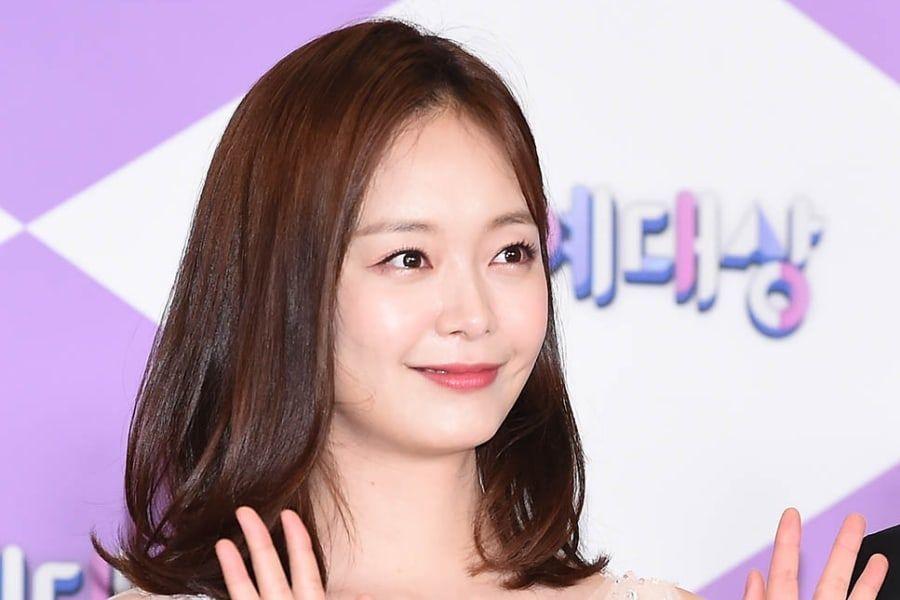 """Jun So Min se tomará un descanso temporal de todas sus actividades, incluyendo """"Running Man"""", debido a problemas de salud"""