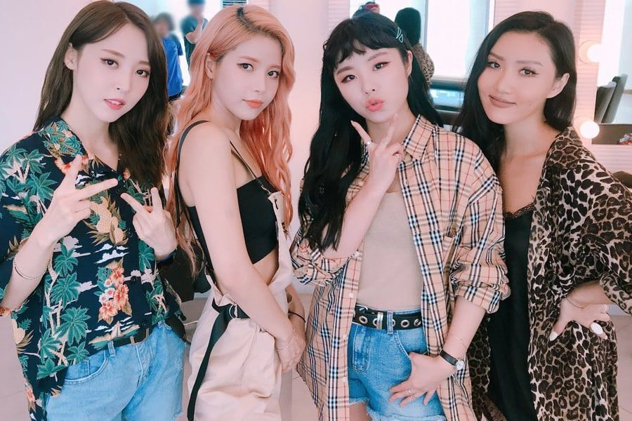 MAMAMOO Invites Korean Women's Taekwondo Poomsae Team To Their Concert After They Reveal They're Big Fans At 2018 Asian Games
