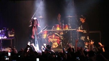 Performance: VAMPS USA Tour 2015