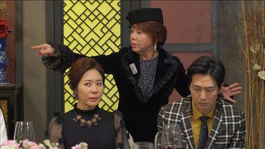 Man Who Sets the Table Episode 34
