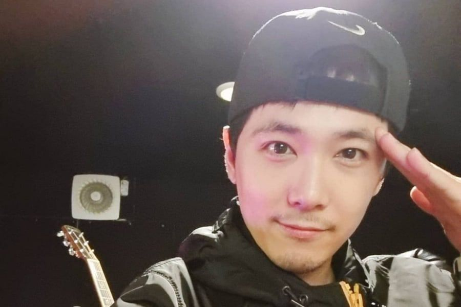 FTISLAND's Lee Hong Ki Celebrates Military Discharge With Sweet Message To Fans