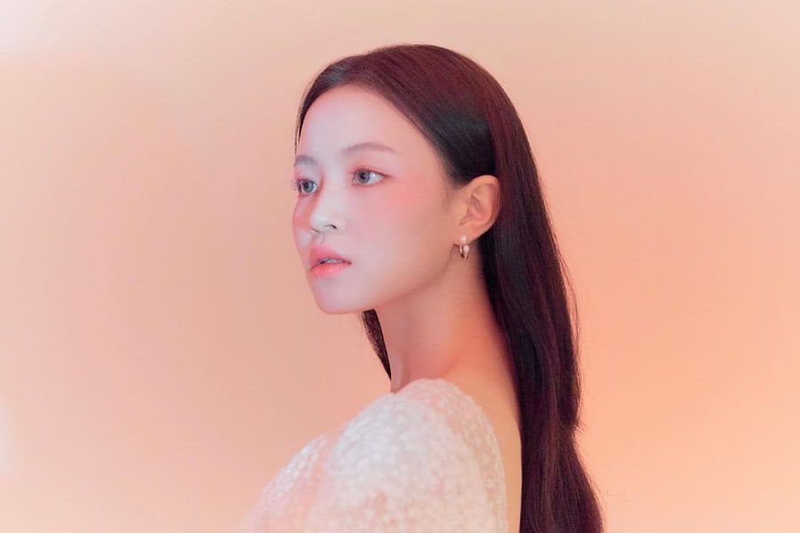 Lee Hi Teases What May Be Her 1st Comeback Since Leaving YG Entertainment