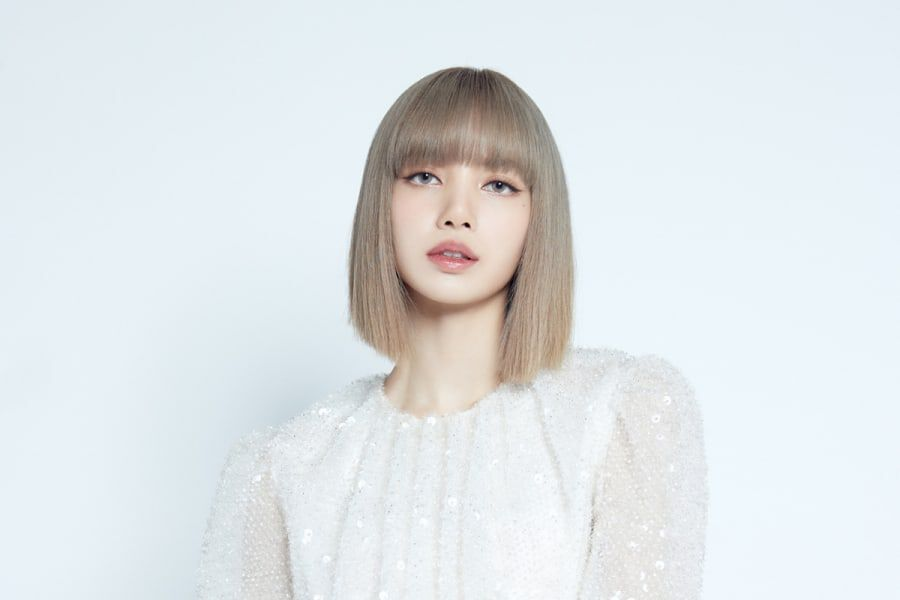 BLACKPINK's Lisa Dishes On Her Solo Debut Track, Bandmates' Support, & Revealing Her Forehead For 1st Time