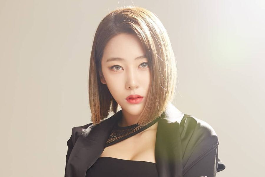 Former Black Swan Member Hyeme Shares Letter About Her Retirement And Recent Fraud Accusations