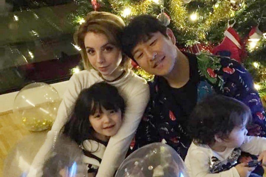 """Park Joo Ho's Family Taking Hiatus From """"The Return Of Superman"""""""