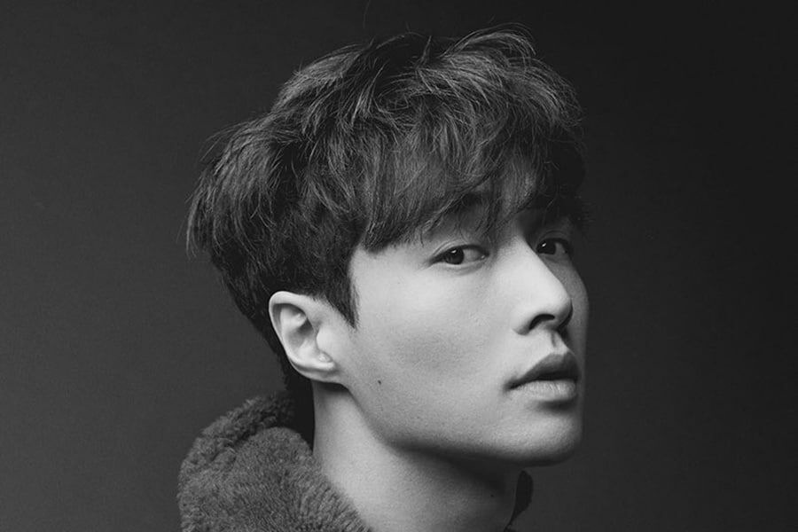EXO's Lay To Release Christmas Single | Soompi