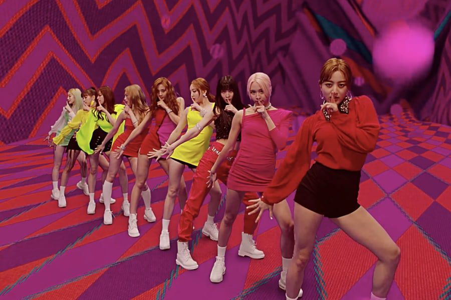"""TWICE's """"Fancy"""" Becomes Their 6th MV To Hit 350 Million Views"""