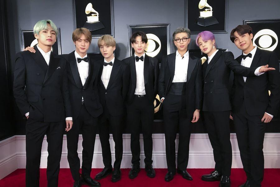 BTS ilumina la alfombra roja en los 2019 Grammy Awards