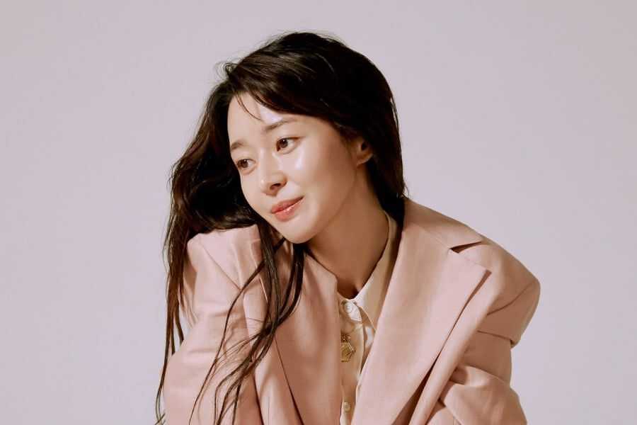 Kwon Nara Talks About Upcoming Drama With Park Seo Joon + Why She Feels Like An Idol Trainee Again