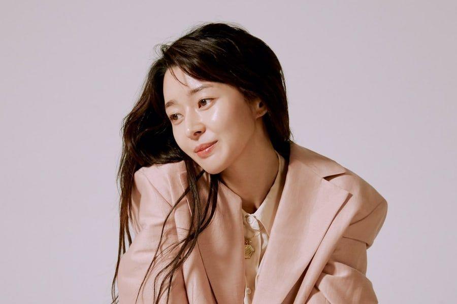 Kwon Nara Talks About Upcoming Drama With Park Seo Joon + Why She Feels Like An Idol Trainee Again
