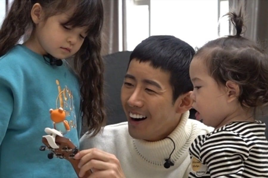 Kwanghee Shares Photos From His Sweet Reunion With Na Eun And Gun Hoo