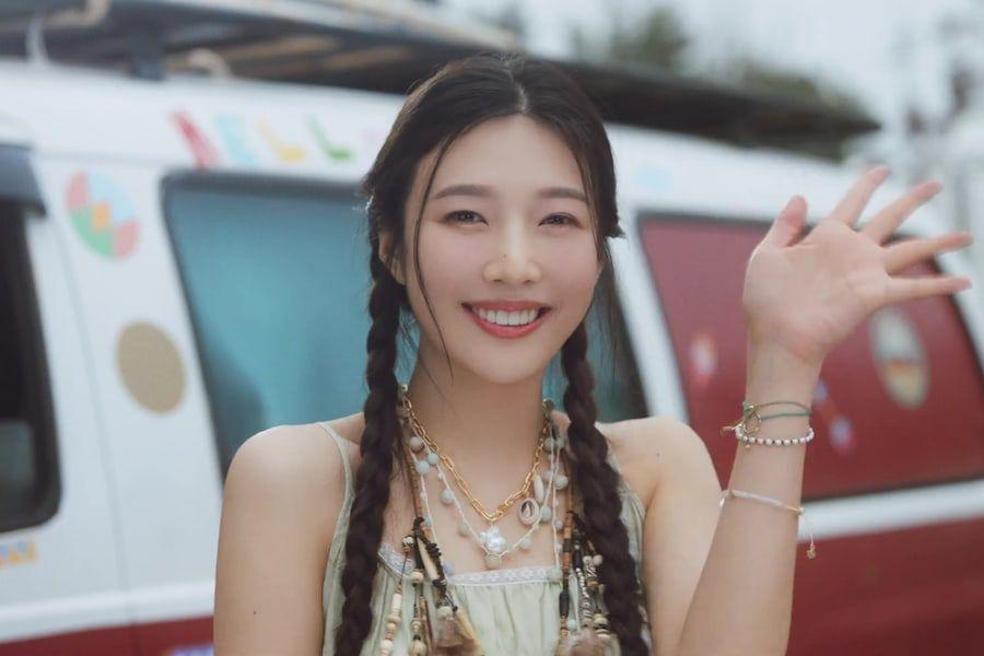 "Watch: Red Velvet's Joy Waves ""Hello"" In Summery MV For Solo Debut"