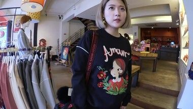 Q2Han エピソード 46: Shopping In Korea - Casual & Cute Fall Outfits at Youk Shim Won [Q2HAN]