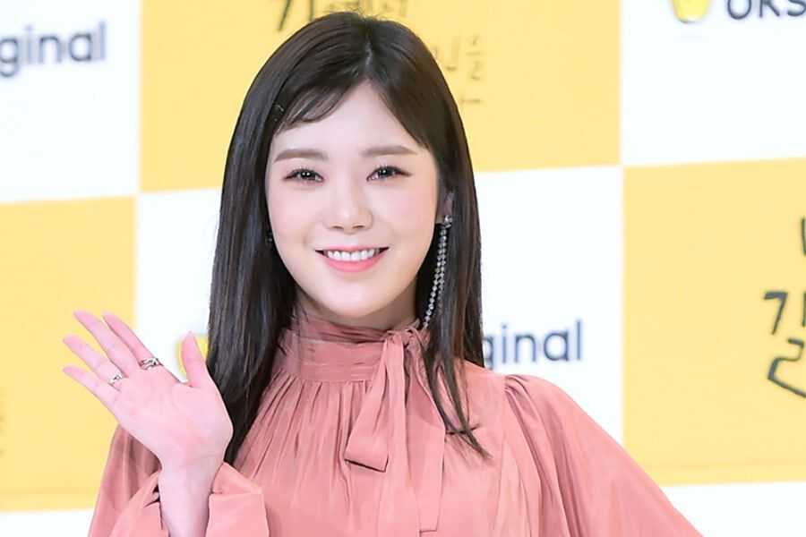 Park Soo Ah (Lizzy) Shares Her Feelings On Starting Out With A New Name + Roles For The Future