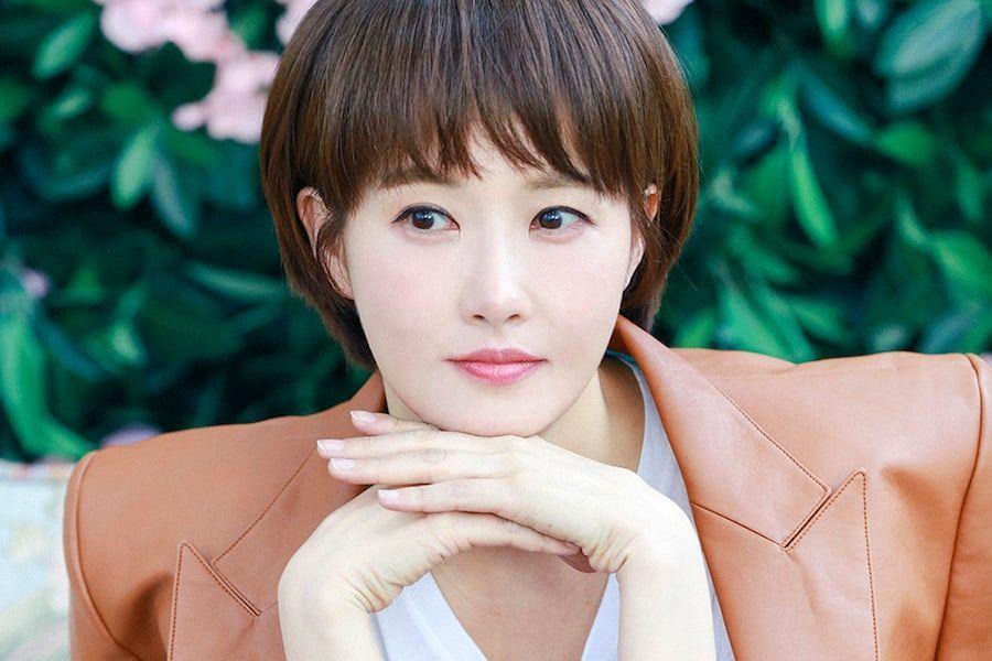 9 nữ diễn viên siêu đẹp lại vào vai gái xấu: Đến ma cà rồng Jang Nara còn tự nhận mình quê mùa thì ai mà chấp nhận nổi? - Ảnh 7.