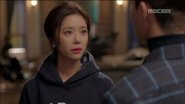 Seo Joon's Sweet Confession to Jung Eum Folding the Sleeves of Her Sweat Shirts: Elle était jolie