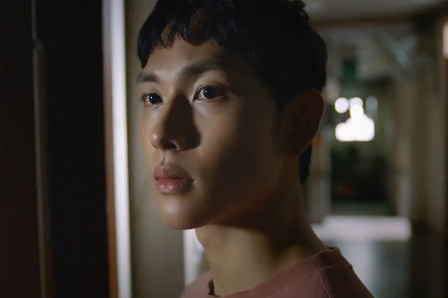 [K-Drama]: Im Si Wan - Lee Dong Wook's 'Strangers From Hell' released teaser obsession