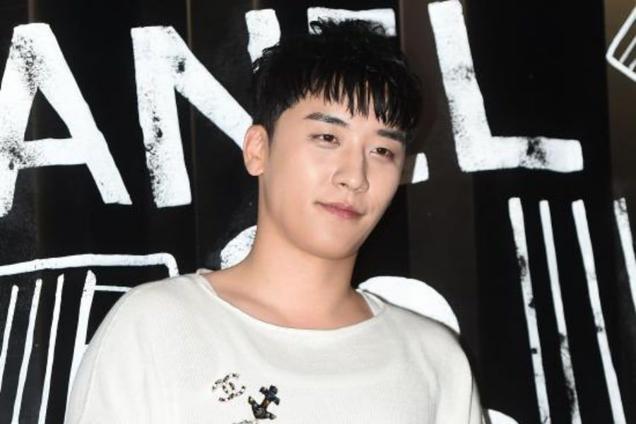 BIGBANG's Seungri Responds To Photo Of Him With Former Club Employee Suspected Of Dealing Drugs