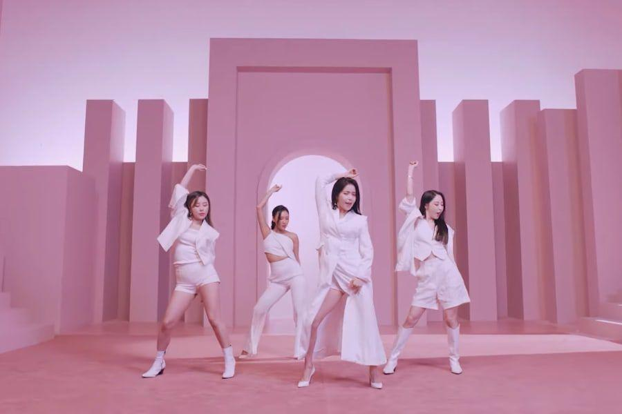 "Watch: MAMAMOO Reveals Stylish MV For Special Single ""Wanna Be Myself"" 