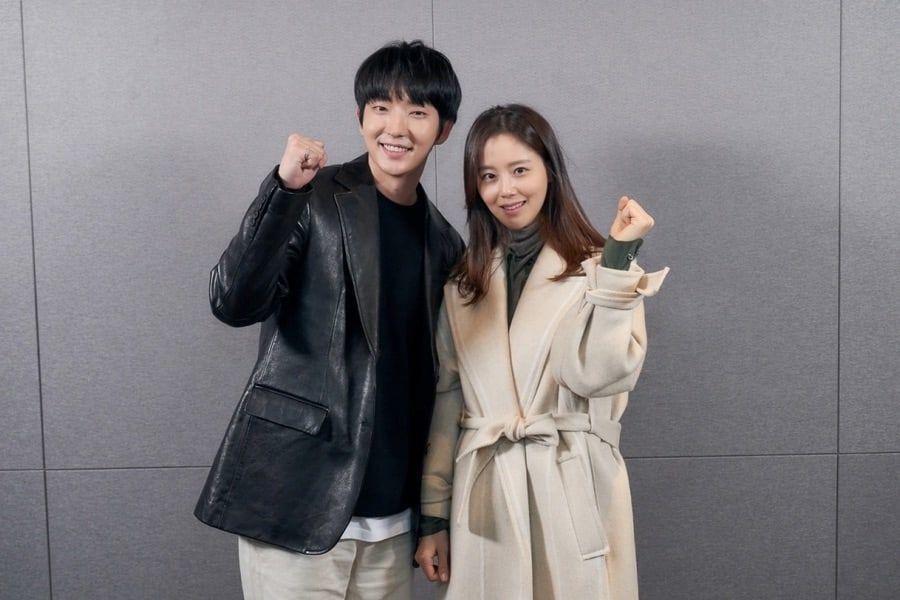 Lee Joon Gi, Moon Chae Won y más se reúnen para leer el guión del próximo thriller de tvN