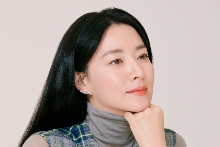 Lee Young Ae habla de que sus hijos no son conscientes de su fama | Soompi