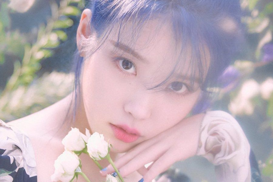"IU's ""Love Poem"" Is The 5th Song Of 2019 To Achieve Perfect All-Kill"