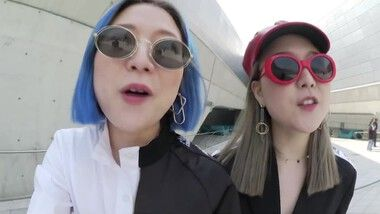 Q2Han Episode 16: Seoul Fashion Week: Selecting Charms Outfits, Backstage, Meeting Designers