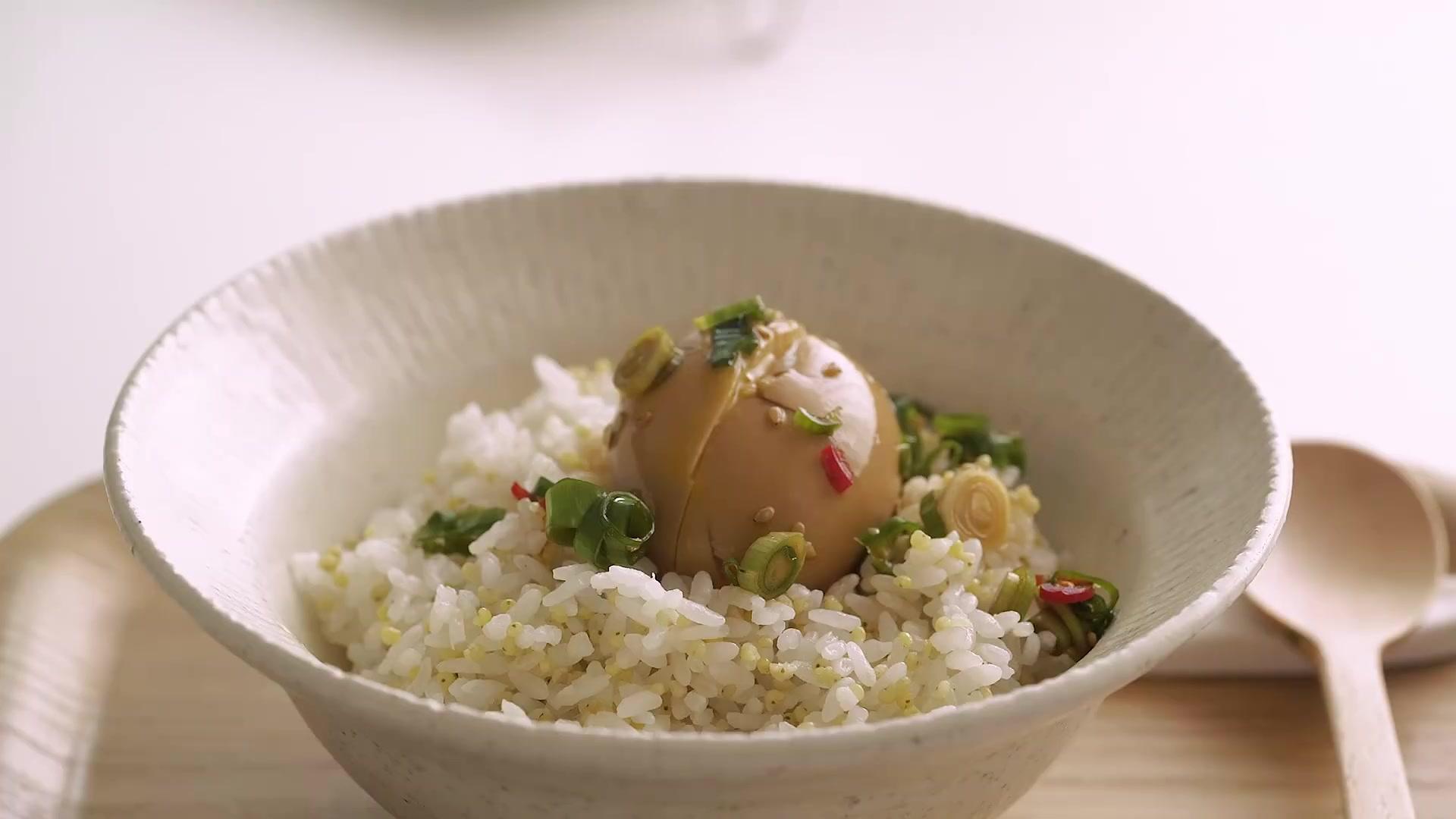 Honeykki Episode 200: Seasoned Egg in Soy Sauce [Honeykki]