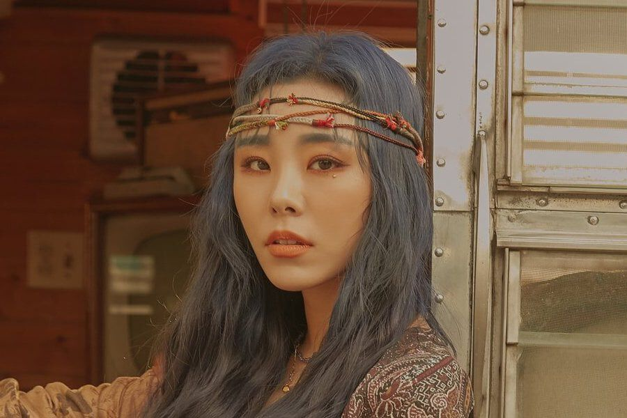 MAMAMOO's Wheein To Not Attend Seoul Music Awards Due To Health Reasons