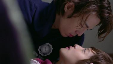 Baron Chen and Megan Lai's Hot Floor Kiss: Bromance