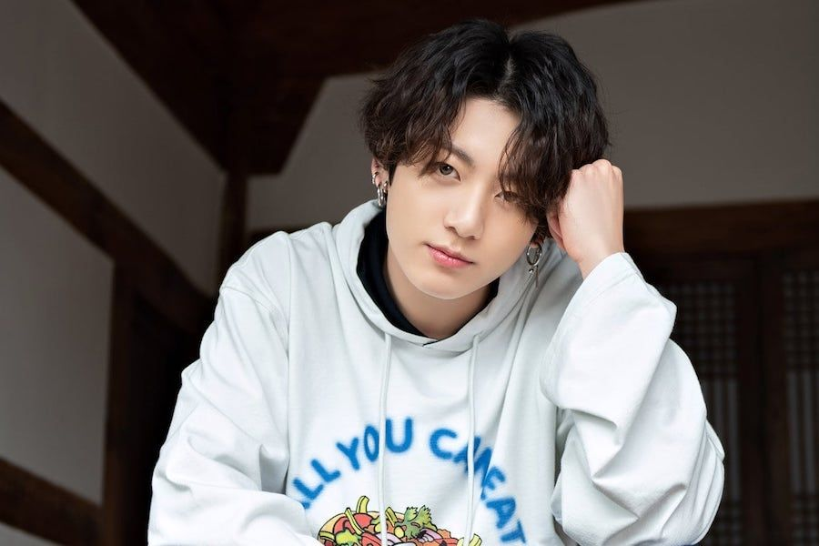 BTS\u0027s Jungkook Takes Over Worldwide Trends On Twitter For