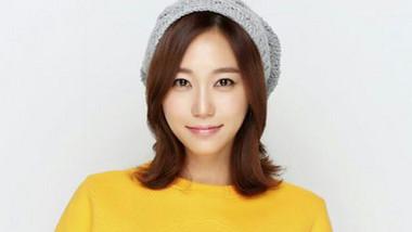 Ha Si Eun
