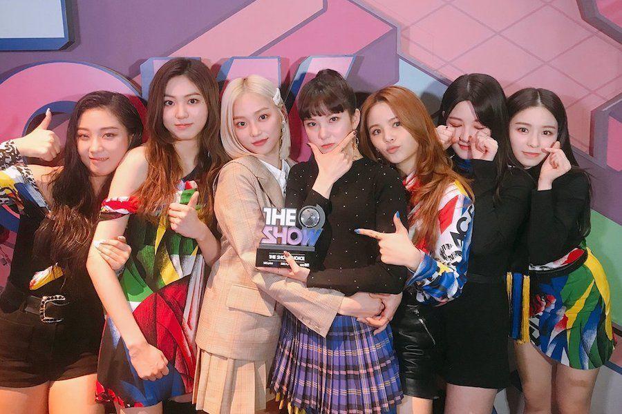 """CLC logra su segundo trofeo en """"The Show"""" con """"No""""; Actuaciones de DreamCatcher, IMFACT, y más"""