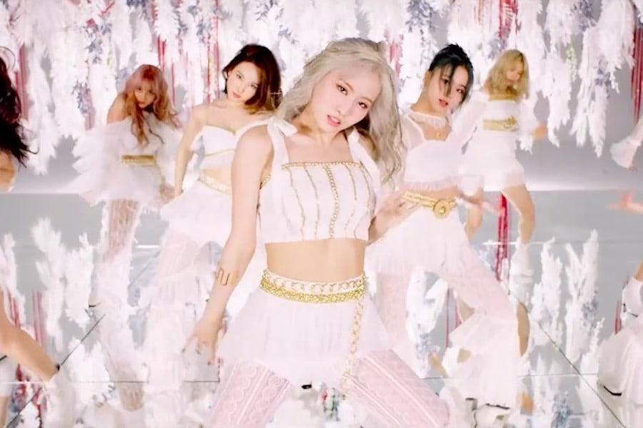 "Update: TWICE Previews Mesmerizing ""MORE & MORE"" Dance Break In New MV Teaser"