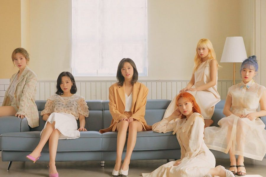 "APRIL Talks About ""LALALILALA"" Comeback, Hard Times, Hopes For The Future, And More"