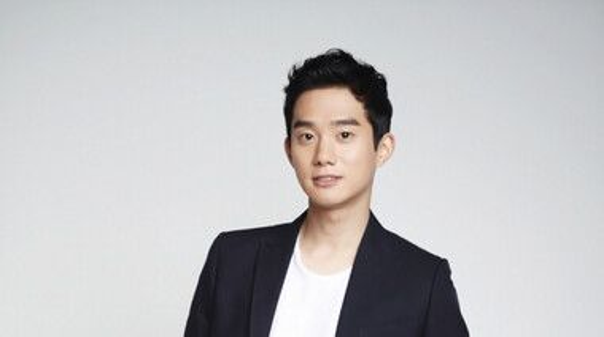 Yoon Jin Wook