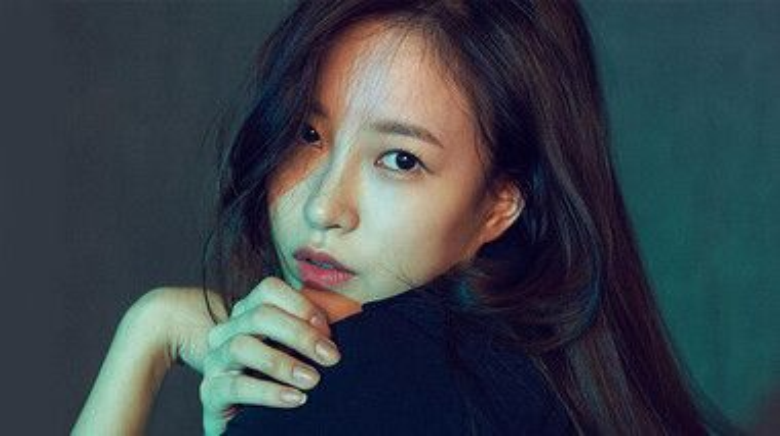 Lee Ye Na