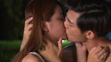 Shirtless Tian Xing and Le Si make out: Fall in Love With Me