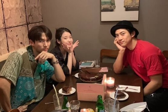 Im Seulong And IU Celebrate 10th Anniversary Of Popular