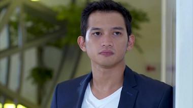 Trailer 1: Jakarta Love Story