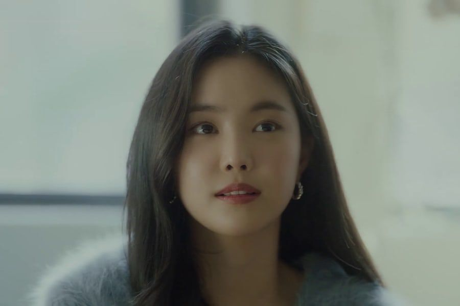 """Watch: Apink's Son Naeun Stars In Emotional MV For Huh Gak's """"Empty Words"""""""