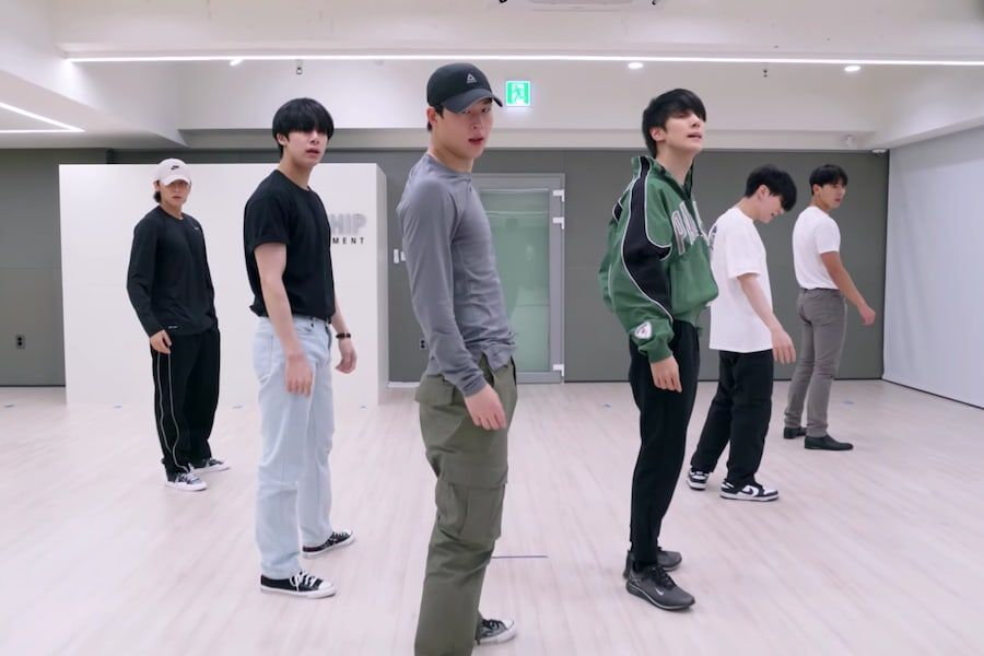 """Watch: MONSTA X Draws You In With Slick Dance Moves In Practice Video For """"Gambler"""""""