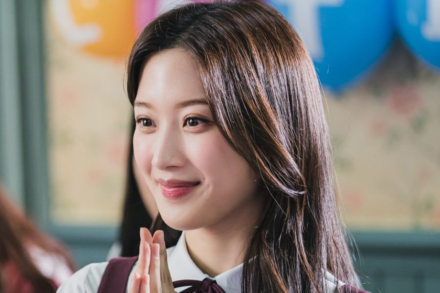 """Moon Ga Young Talks About Her """"True Beauty"""" Character And Working With Cha  Eun Woo And Hwang In Yeob   Soompi"""