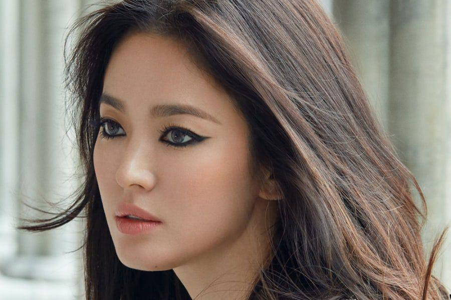 Song Hye Kyo Looks Stunning In New Shoe Campaign