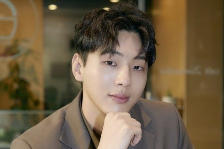 Ji Soo Shares Handwritten Letter Of Apology In Response To School Violence Allegations