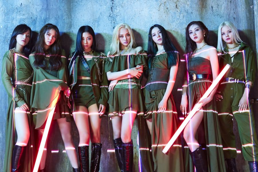 "CLC More Than Triples Their Own 1st-Week Sales Record With ""Helicopter"""