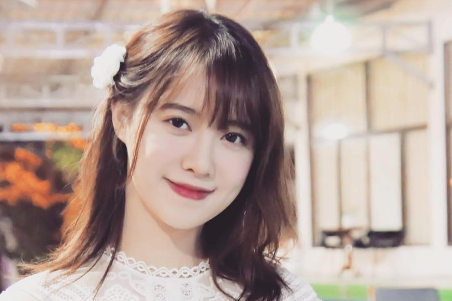 Ku Hye Sun Successfully Wraps Up Exhibition + To Donate Proceeds To Charity