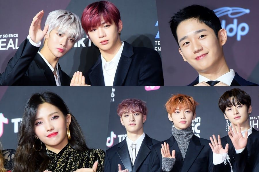 Estrellas pasean por la alfombra roja de la 1ª ceremonia de los 2018 MAMA en Corea