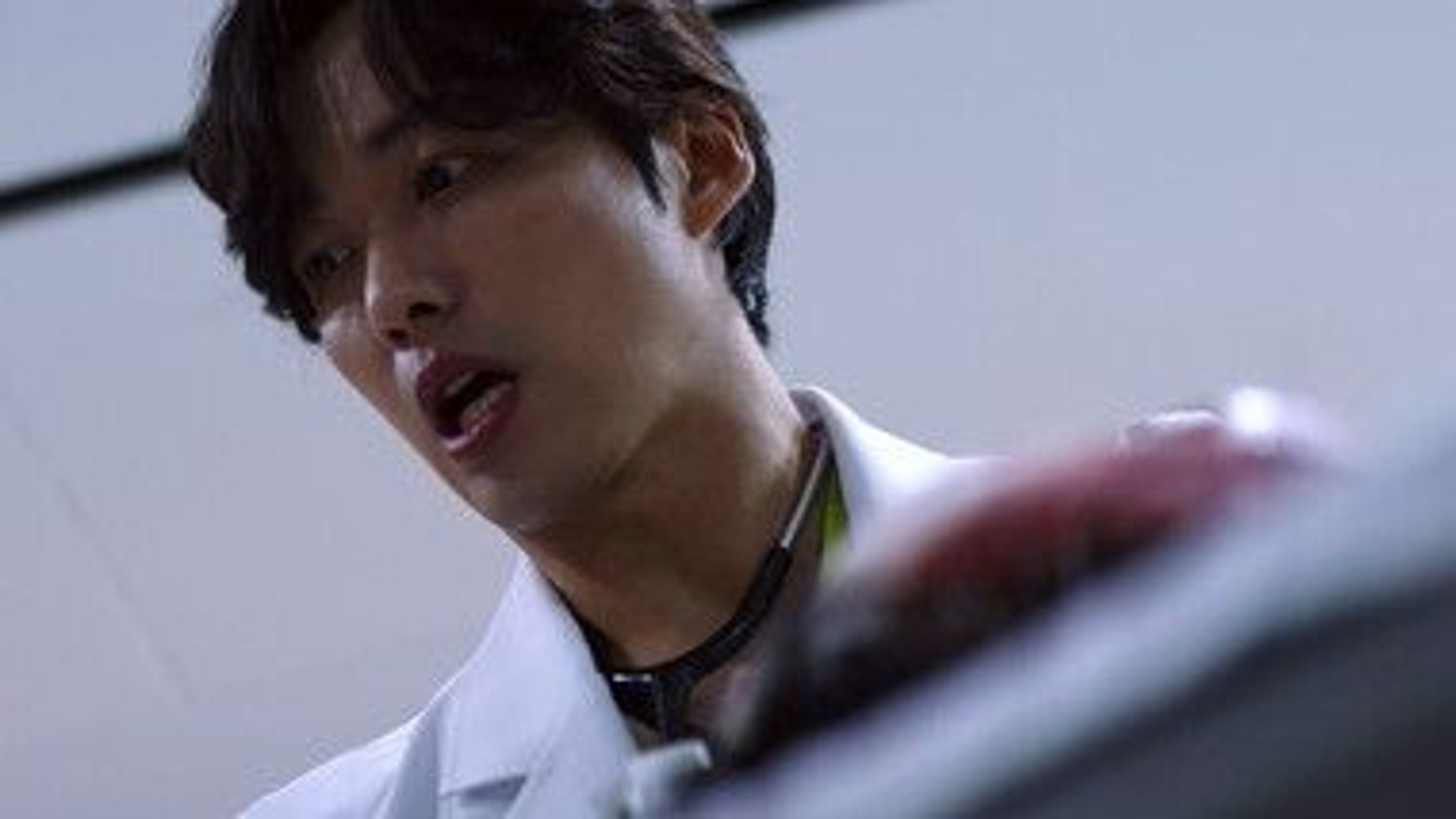 Trailer 1: Doctor Prisoner