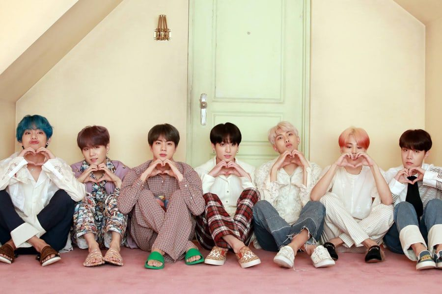 "BTS's ""Map Of The Soul: Persona"" Becomes 1st Korean Album To Score 5 Weeks In Top 30 Of UK's Official Albums Chart"